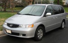 2002 Honda Odyssey Photo 2