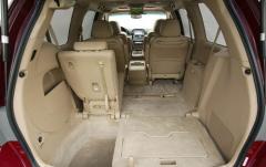 2005 Honda Odyssey interior