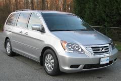 2010 Honda Odyssey Photo 4