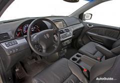2010 Honda Odyssey Photo 5