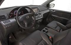 2010 Honda Odyssey interior