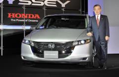 2011 Honda Odyssey LX Photo 3