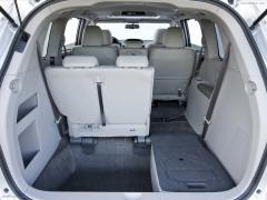 2012 Honda Odyssey Photo 3
