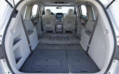 2012 Honda Odyssey Photo 4