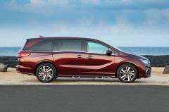 2018 Honda Odyssey exterior
