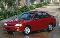 1998 Hyundai Accent exterior