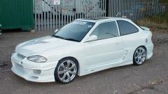 1999 Hyundai Accent Photo 1