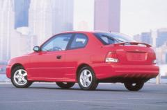 2001 Hyundai Accent Photo 5