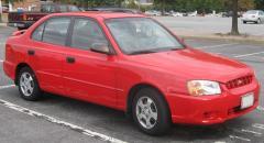 2002 Hyundai Accent Photo 1