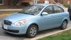 2005 Hyundai Accent Photo 1