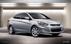 2013 Hyundai Accent Photo 1
