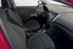 2017 Hyundai Accent interior