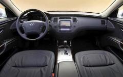 2011 Hyundai Azera interior