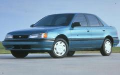 1992 Hyundai Elantra exterior