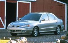 1999 Hyundai Elantra exterior