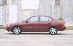 2001 Hyundai Elantra exterior