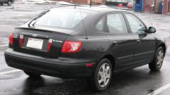 2002 Hyundai Elantra Photo 2