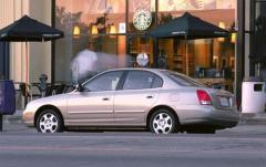 2002 Hyundai Elantra exterior