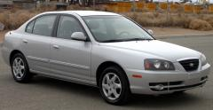 2004 Hyundai Elantra Photo 3