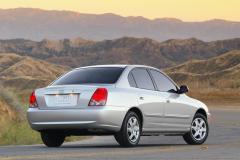 2005 Hyundai Elantra Photo 3