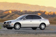 2005 Hyundai Elantra Photo 4