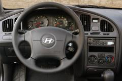 2005 Hyundai Elantra Photo 6