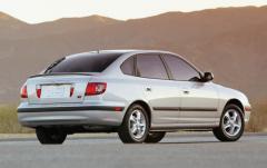 2005 Hyundai Elantra exterior
