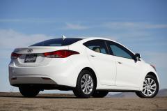 2011 Hyundai Elantra Photo 24