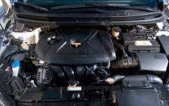 2011 Hyundai Elantra exterior