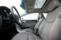 2012 Hyundai Elantra interior