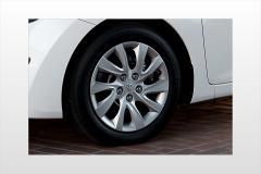 2013 Hyundai Elantra exterior