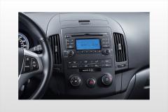 2013 Hyundai Elantra interior