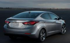 2015 Hyundai Elantra Photo 3