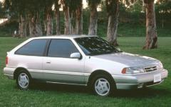 1992 Hyundai Excel exterior