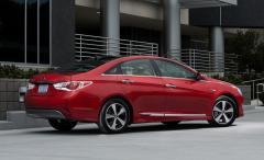 2013 Hyundai Sonata Hybrid Photo 4