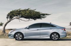 2013 Hyundai Sonata Hybrid Photo 6