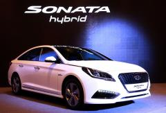 2016 Hyundai Sonata Hybrid Photo 1