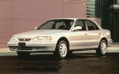 1995 Hyundai Sonata exterior