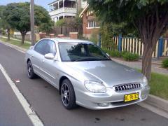2001 Hyundai Sonata Photo 1
