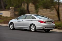 2011 Hyundai Sonata Photo 3