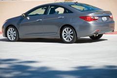 2013 Hyundai Sonata exterior