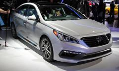 2015 Hyundai Sonata SE Photo 1
