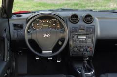 2003 Hyundai Tiburon Photo 5