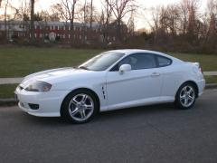 2005 Hyundai Tiburon Photo 1
