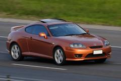 2006 Hyundai Tiburon Photo 4