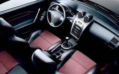 2006 Hyundai Tiburon interior