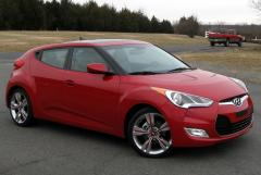 2015 Hyundai Veloster Photo 1