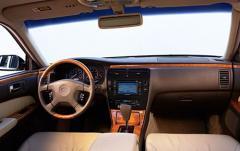 2001 Infiniti Q45 interior