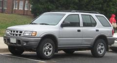 2003 Isuzu Rodeo Photo 1