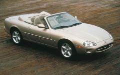 1999 Jaguar XK8 exterior